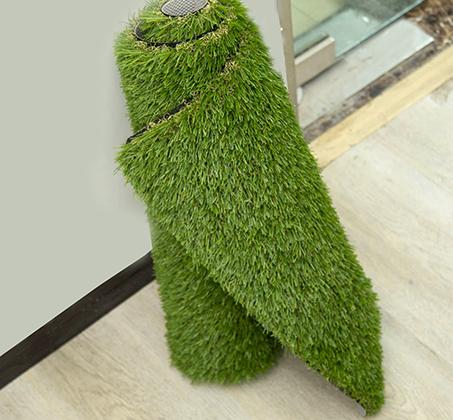 שטיח כניסה הביתה עשוי דשא סינטטי באיכות מעולה המדמה דשא אמיתי  - תמונה 4