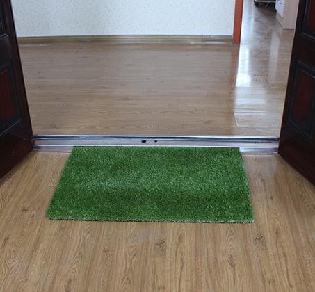 שטיח כניסה הביתה עשוי דשא סינטטי באיכות מעולה המדמה דשא אמיתי  - תמונה 2