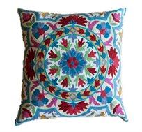 """כרית נוי מעוצבת Living colors בגודל 50X50 ס""""מ לסלון, לחדר השינה וחדרי ילדים"""