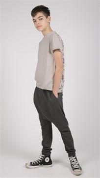 MAYAYA טישרט (12 חודשים-14 שנים) אפור הדפס פאזל בגב