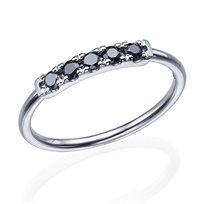 טבעת יהלומים שחורים 0.20 קראט זהב לבן