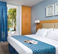 """אירוח ע""""ב חצי פנסיון במלון 'אסטרל פאלמה' אילת החל מ-₪434 לזוג"""