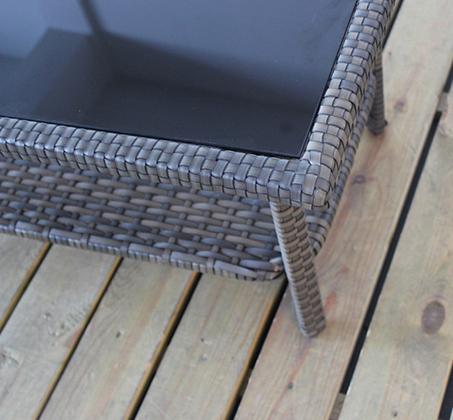 עודפים - ריהוט גינה מראטן סינטטי איכותי הכולל שולחן פלטת זכוכית, זוג כורסאות וספה דו מושבית Homax - תמונה 4