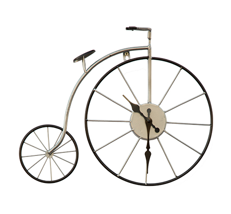שעון קיר אופניים לבן העשוי מתכת