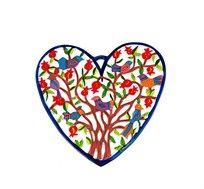 לב קטן בחיתוך לייזר עם ציורים