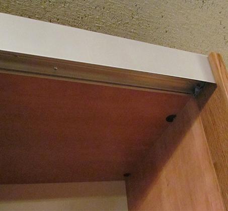 ארון הזזה 2 דלתות טריקה שקטה קרניז עליון ותחתון אלומיניום דגם רן - תמונה 3