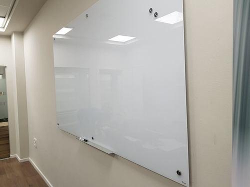 לוח זכוכית מחיק מגנטי 90x120 ס''מ - Bclear - תמונה 2