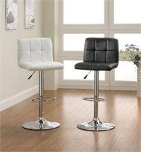 זוג כסאות בר מעוצבים ומרופדים