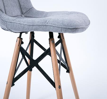 כיסא לפינת אוכל מעוצב בריפוד בד במגוון צבעים לבחירה - תמונה 5