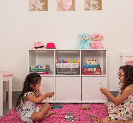 שידת מדפים עם 3 דלתות אחסון ותאים פתוחים עשויה מעץ מלא דגם דנה בצבעים לבחירה HIGHWOOD - תמונה 4
