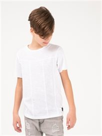 חולצת טי אופנתית