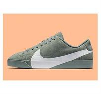 נעלי נייק לגברים דגם  Blazer City Low LX - ירוק/לבן