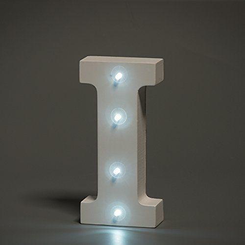 מנורת לילה עם תאורת לד Led מעוצבת בצורת האות I
