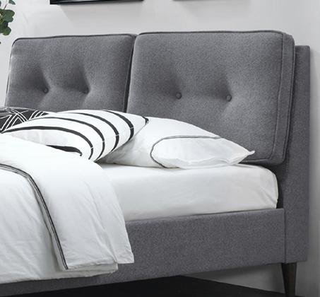 מיטה זוגית מעוצבת בריפוד בד עם כריות ראש ובסיס מעץ מלא דגם קרליטה HOME DECOR - תמונה 2