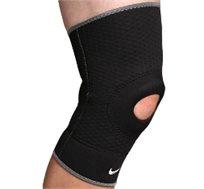 שומרים על הברכיים! מגני ברך מקצועיים של נייקי לפעילות ספורטיבית או מגן ברך תרפיסטי להקלה על כאבים