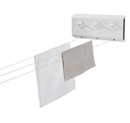 מתקן נשלף לתליית כביסה