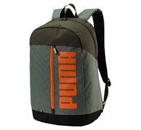 תיק גב PUMA PIONEER BACKPACK II בצבע ירוק עם לוגו כתום