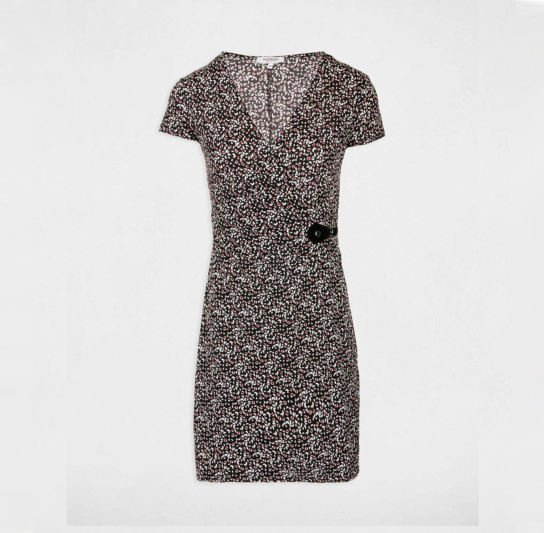 שמלת מעטפת עם שרוולים קצרים MORGAN - שחור ולבן