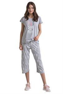 פיג'מת EXPOSE הדפס שמש וכיף עם מכנס 3/4 לאישה - צבע לבחירה