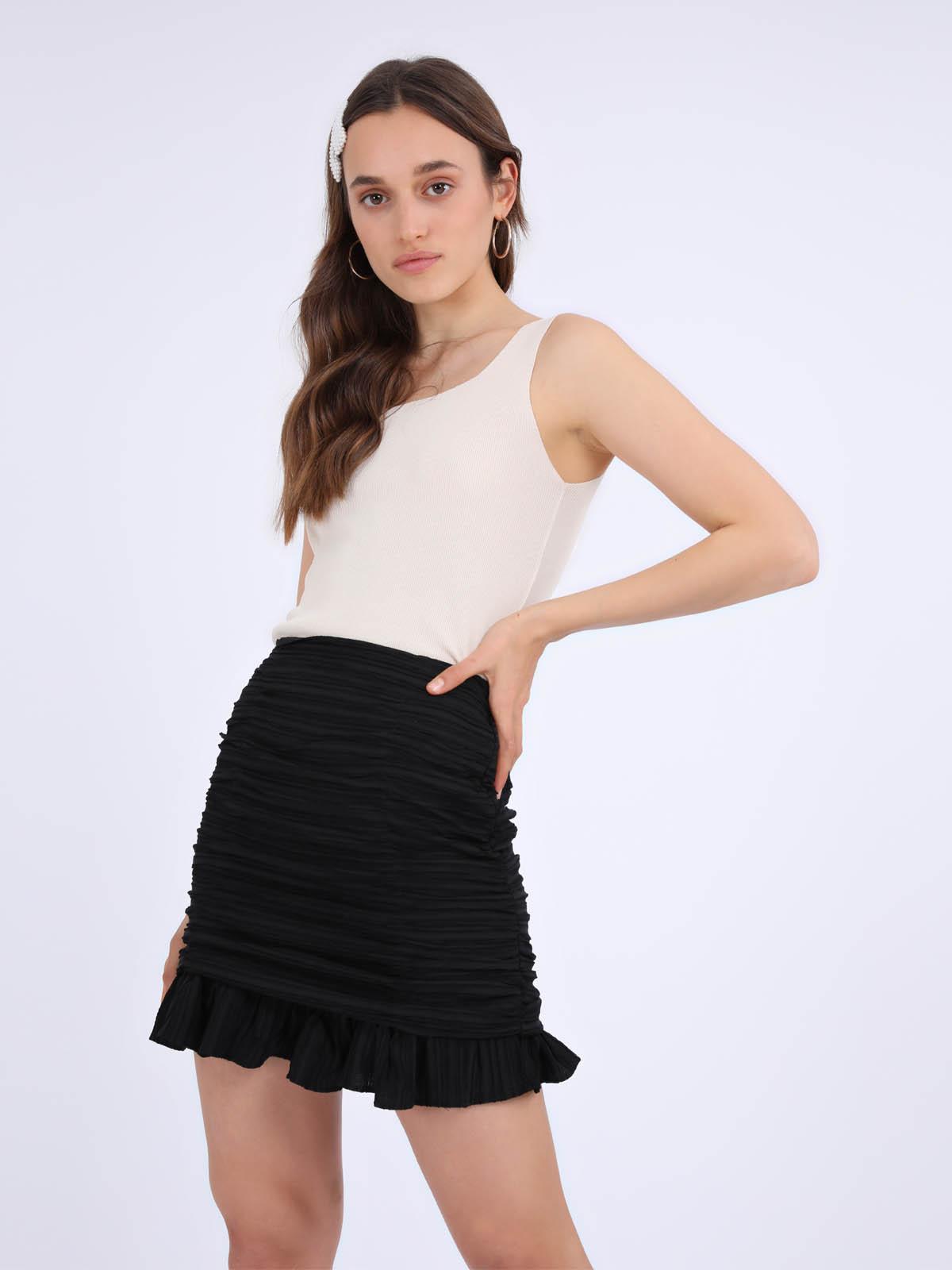חצאית כיווצים לאב שחור סטייל ריבר