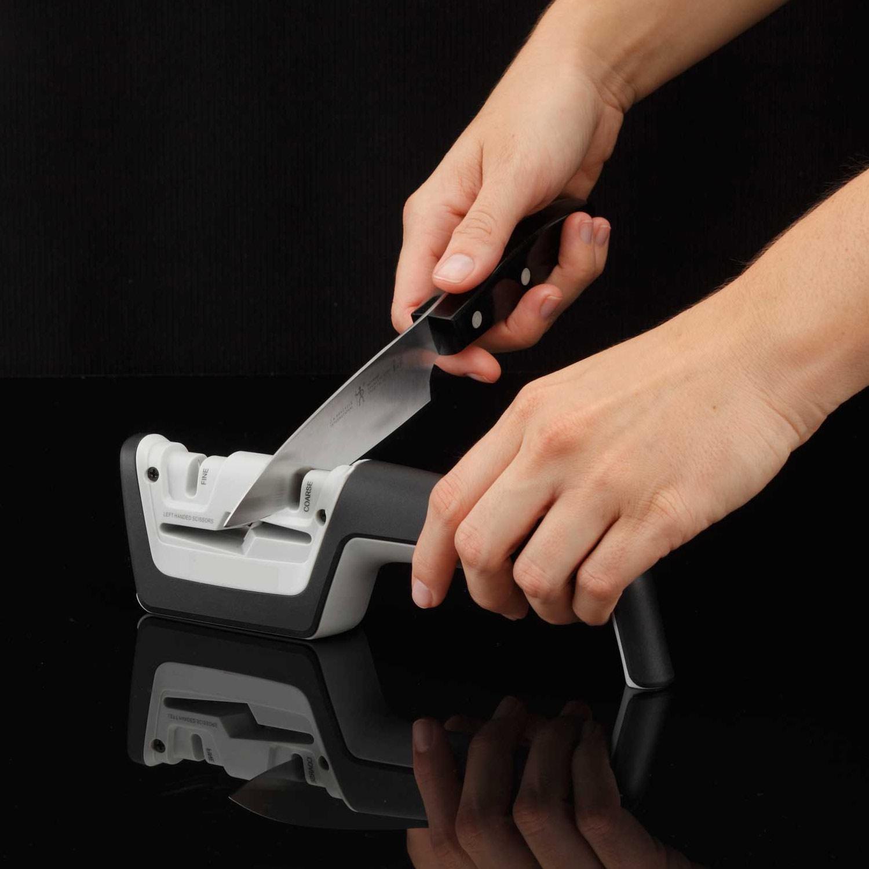 משחיז יהלום שולחני בעל 3 חריצים להשחזה איכותית של סכינים ומספריים - מבית KitchenIQ - תמונה 2
