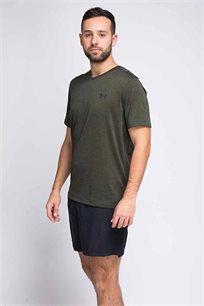 חולצת טישרט לגבר Under Armour בטכנולוגיית HEATGEAR בצבע זית