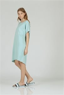 שמלה כיס מרובע תכלת - CUBiCA