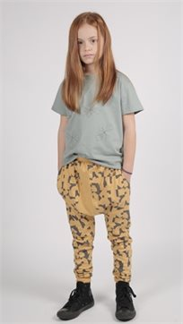 MAYAYA מכנסי משולש (6 חודשים-9 שנים) חרדל הדפס פאזל