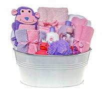 בייבי שאוור ורוד - מתנת לידה מקסימה ושימושית המורכבת ממוצרים איכותיים