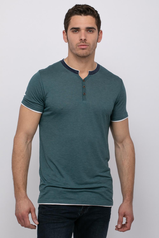 חולצת טי עם פתח צוואר Y