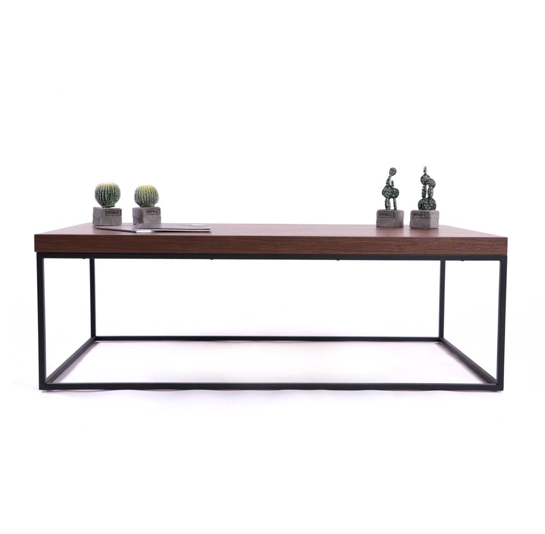שולחן קפה מעץ עם בסיס מסגרת מתכת