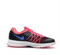 נעלי ספורט לנשים NIKE דגם AIR קלות משקל מתאימות לפעילות ספורטיבית אינטנסיבית