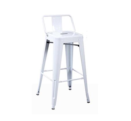 כסא בר גבוה עשוי מתכת עם משענת
