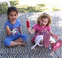 תענוג לילדים! מחצלת עם תפרים כפולים במגוון גדלים לבחירה, מתאימה לים, פיקניק, שטחים ציבוריים ועוד