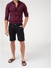 מכנסי צינו קצרים