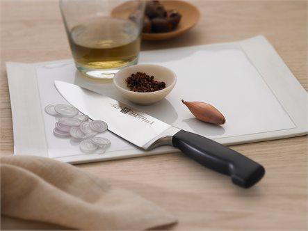 החיתוך המושלם במטבח! סט סכינים מקצועיות מסדרת Four Star מבית 'Zwilling' תוצרת גרמניה, ב-₪675! - תמונה 3