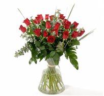 סדנת סידור פרחים בספוג או שזירת זרים בליווי מדריכה מקצועית רק ב-₪190