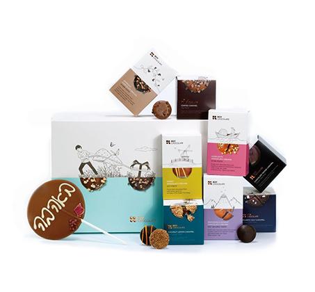 מארז מתנה מפנק מלא באהבה של Roy Chocolate