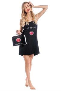 מארז פופ ארט Read my lips לאישה Go Under הכולל כותונת גופיה + תיק מזוודה תואם במתנה בצבע שחור