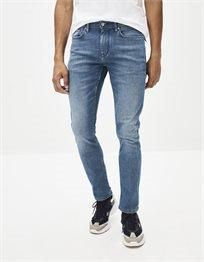 ג'ינס בגזרת slim C25 – פווארפלקס