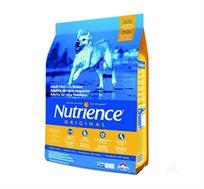 מזון Nutrience לכלב בוגר מגזע בינוני בטעם עוף ואורז