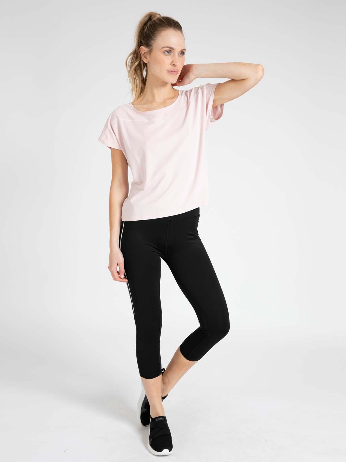 Diadora נשים // חולצה ספורטיבית ורוד