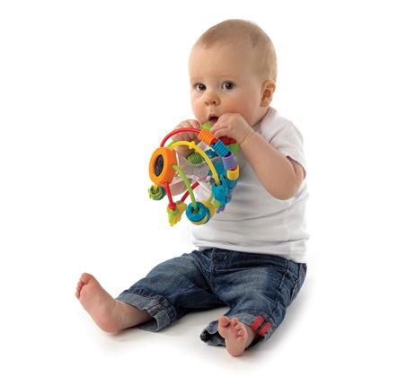 תינוקות חכמים! כדור מבוך פומבלי מבית Playgro הכולל מגוון משחקים רכים ומרעישים להפעלת חושי התינוק - משלוח חינם - תמונה 2