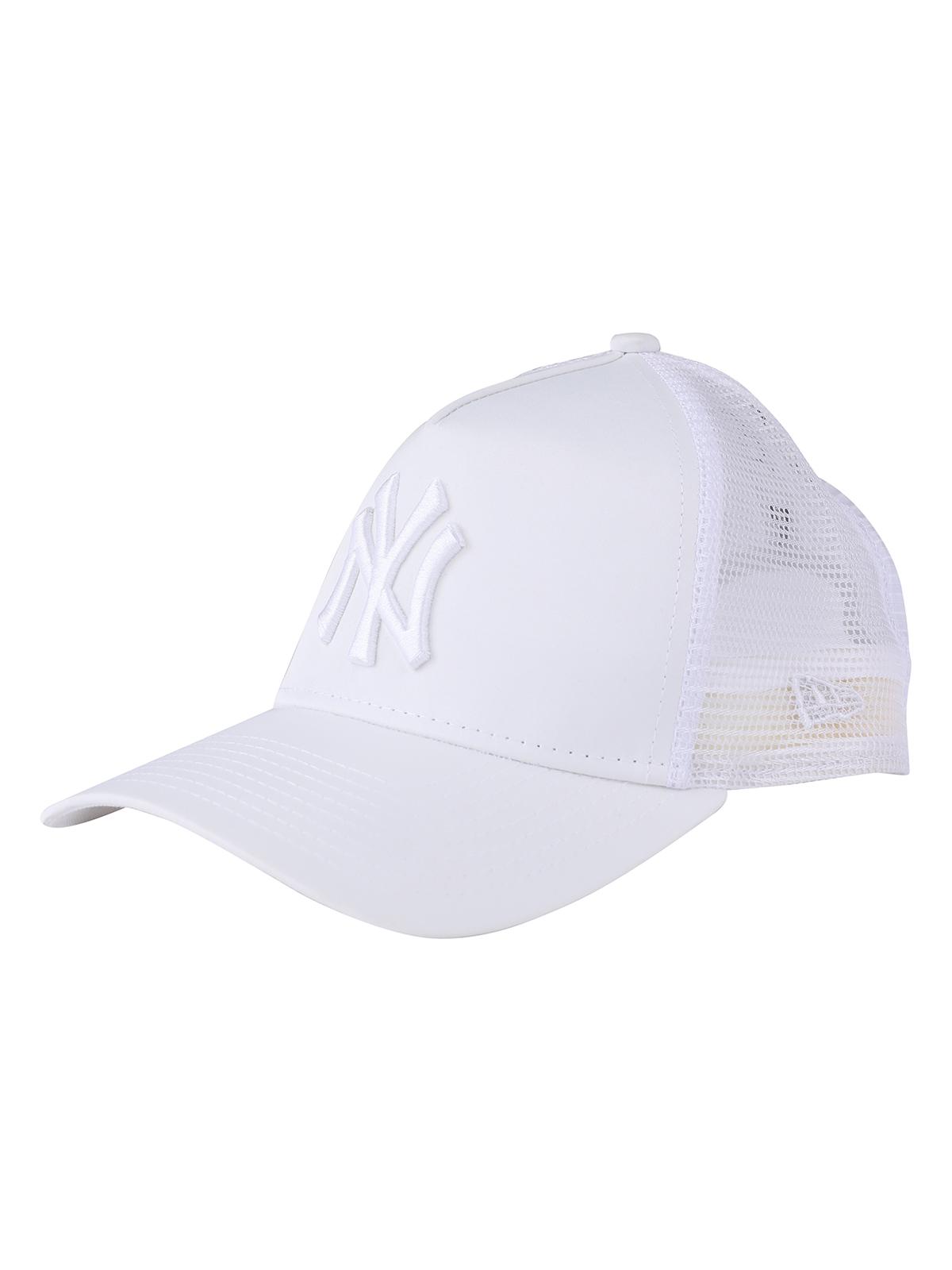 New Era יוניסקס// כובע Fasatin Truckr White