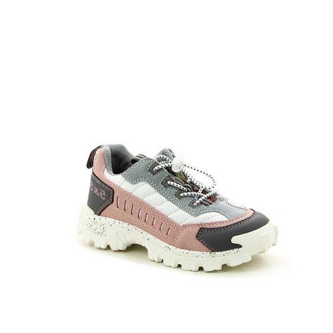 נעלי ספורט אופנתיות