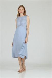 שמלה חור בגב תכלת - CUBiCA