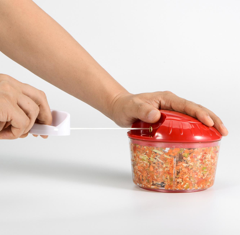 קוצץ מזון עם חוט בגדלים וצבעים לבחירה
