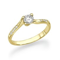 """טבעת אירוסין זהב צהוב """"ג'ולייה"""" 0.41 קראט בעיצוב טוויסט ומודרני"""