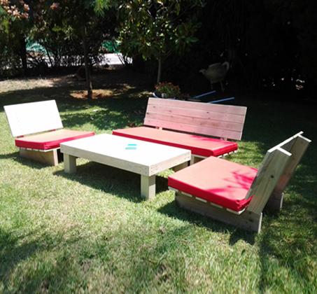 פינת זולה קלאסית מעץ אורן איכותי, הכוללת ספסל זוגי, 2 ספסלי יחיד ושולחן - תמונה 4