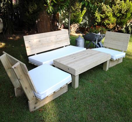 פינת זולה קלאסית מעץ אורן איכותי, הכוללת ספסל זוגי, 2 ספסלי יחיד ושולחן - תמונה 2
